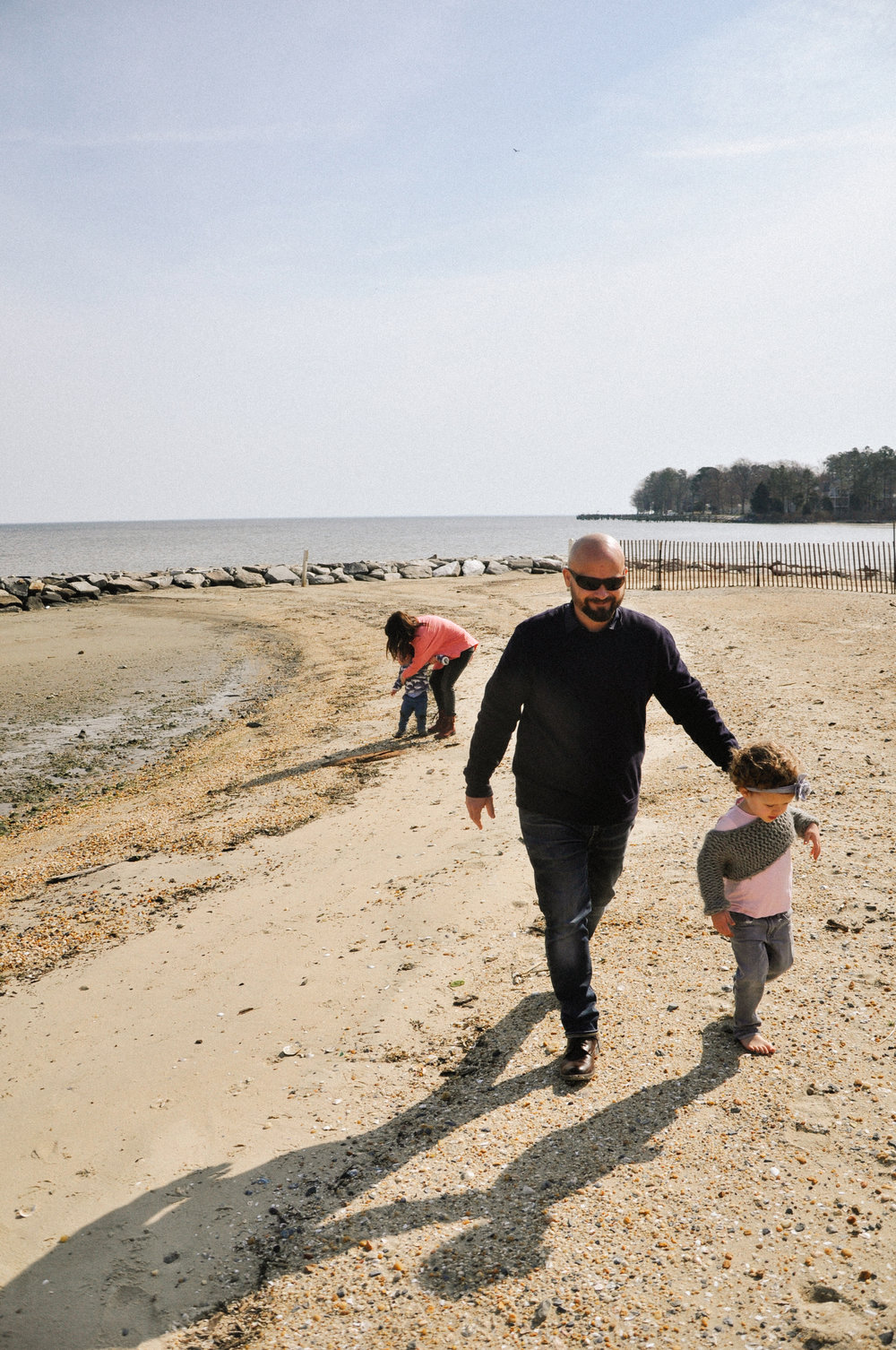 family-marina-morning beach scenes.jpg