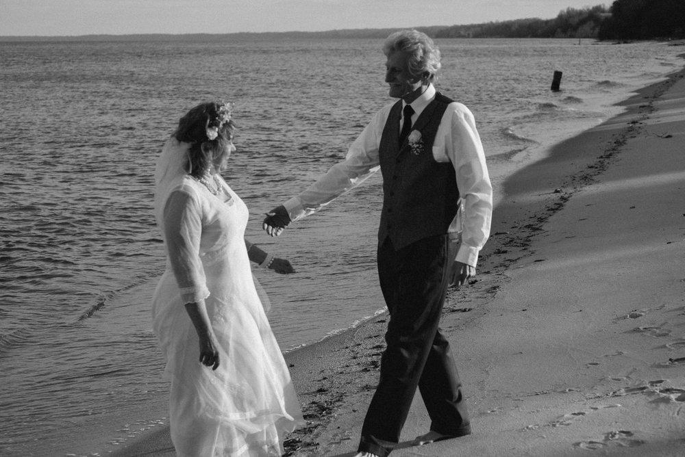 beach bridal-5.jpg