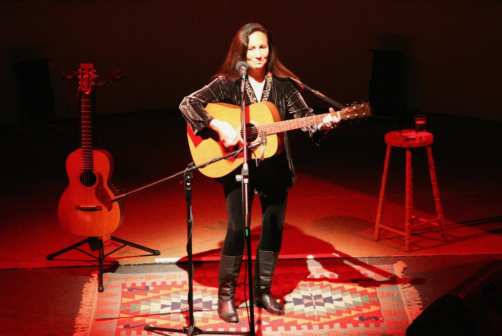 Julie Felix - 2009