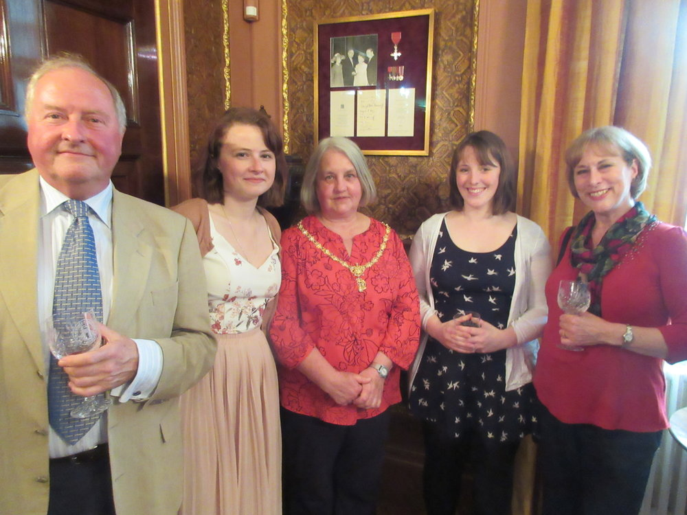 Company members George Gent, Lydia Cook, Liz Wilson and Kay Francksen with the Mayoress (centre)