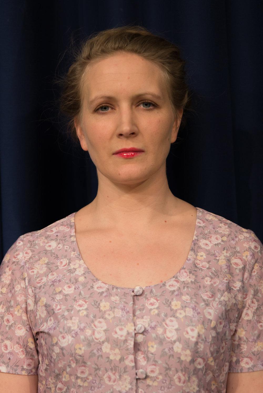 Hannah Smyth - Alison Porter