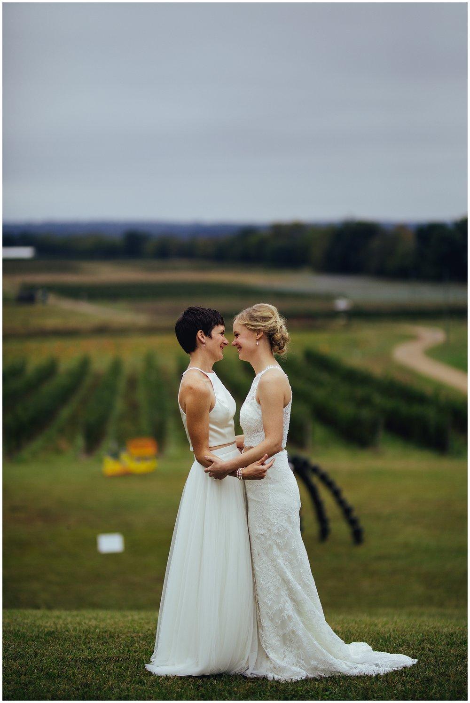 Lesbian-Farm-Wedding12.jpg