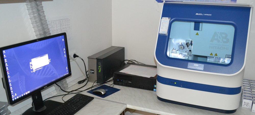 Mutációk kimutatására szolgáló Sanger-szekvenátor intézetünk laboratóriumában.