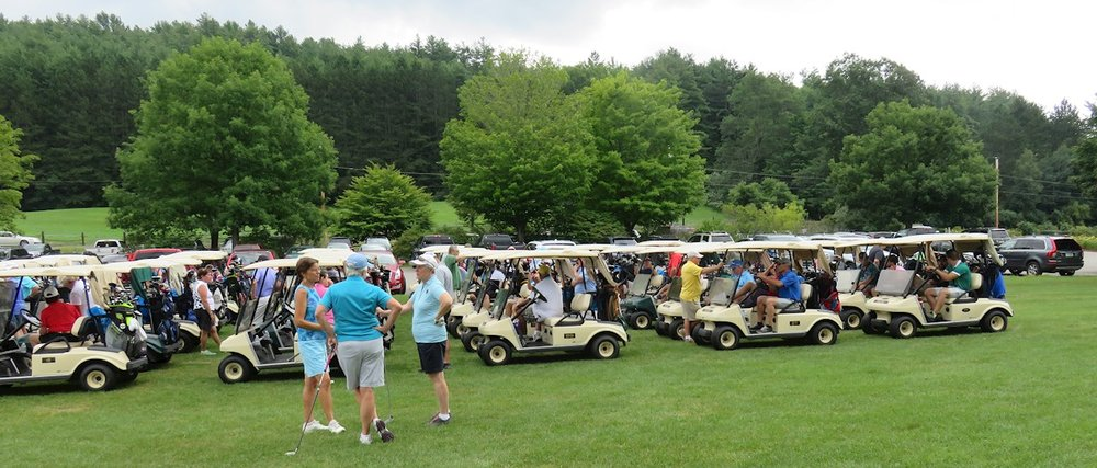 2017 golf tournament 004-resized-1.jpg