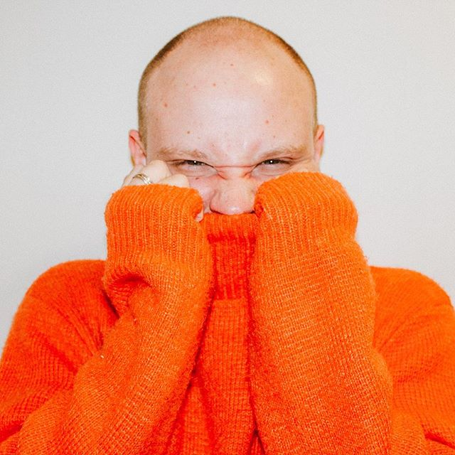 I shaved my head and dressed up like a pumpkin. Hey 2019. Thanks for the sweater @adrianinspace ✨  New Post on NevNYC, link in bio!