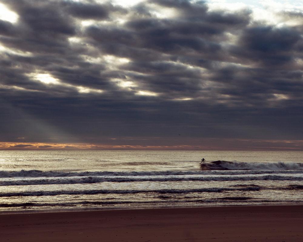 re 3814-SURFER-SHAWN ZAPPO.JPG