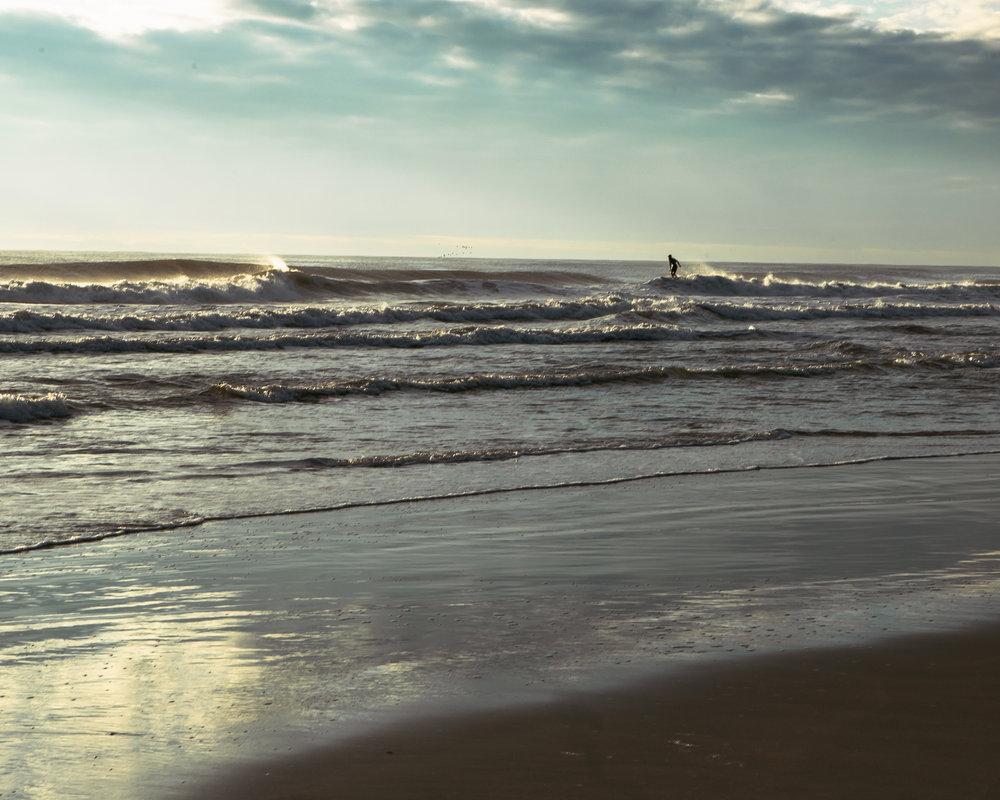 re 3832-SURFER-SHAWN ZAPPO.JPG