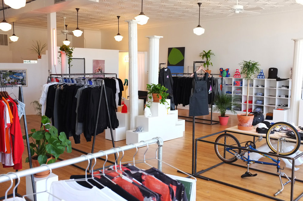 SMPLFD Eastern Market Detroit clothing company that strives to create designs and garments that are new and fresh by sampling the familiar + a printing, production, and design house. 1480 Gratiot Ave 313.285.9564 Website