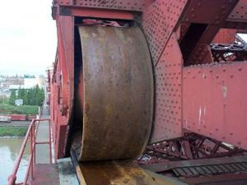 Original Rall Wheels prior to removal, Broadway Bridge, Portland, OR.  Picture from the web.