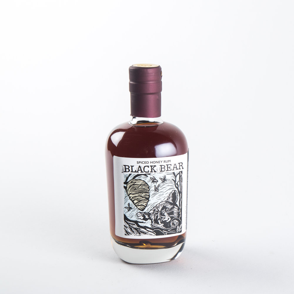 De Vine Spirits - Black Bear Spiced Honey Rum