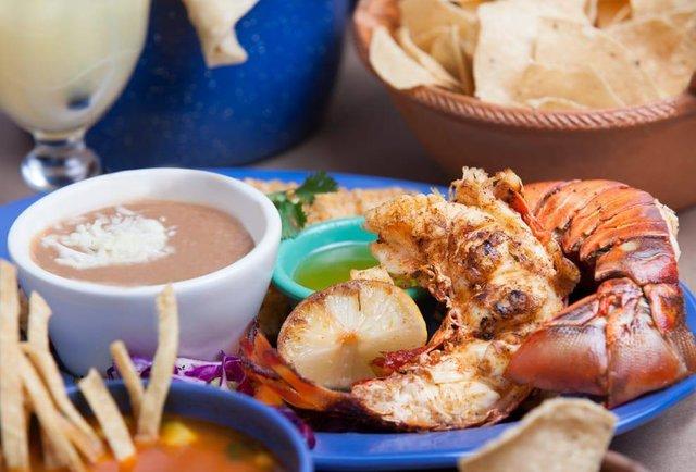 Thrillist: Best for Puerto Nuevo-style lobster