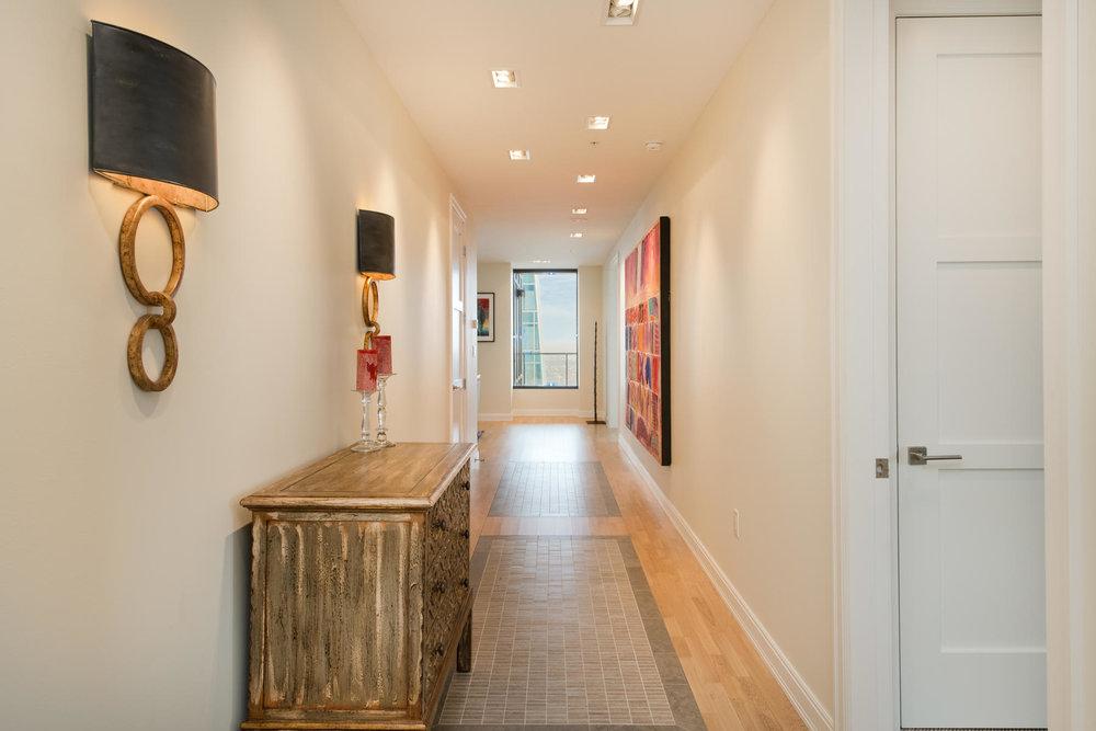 1133 14th Street 4150-MLS_Size-003-39-Foyer-1800x1200-72dpi.jpg
