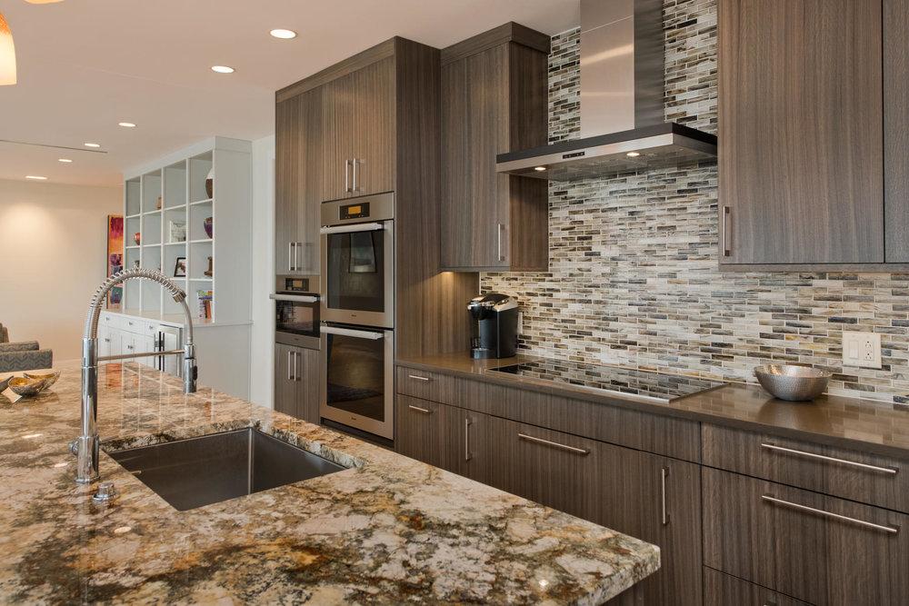 1133 14th Street 4150-MLS_Size-017-14-Kitchen-1800x1200-72dpi.jpg