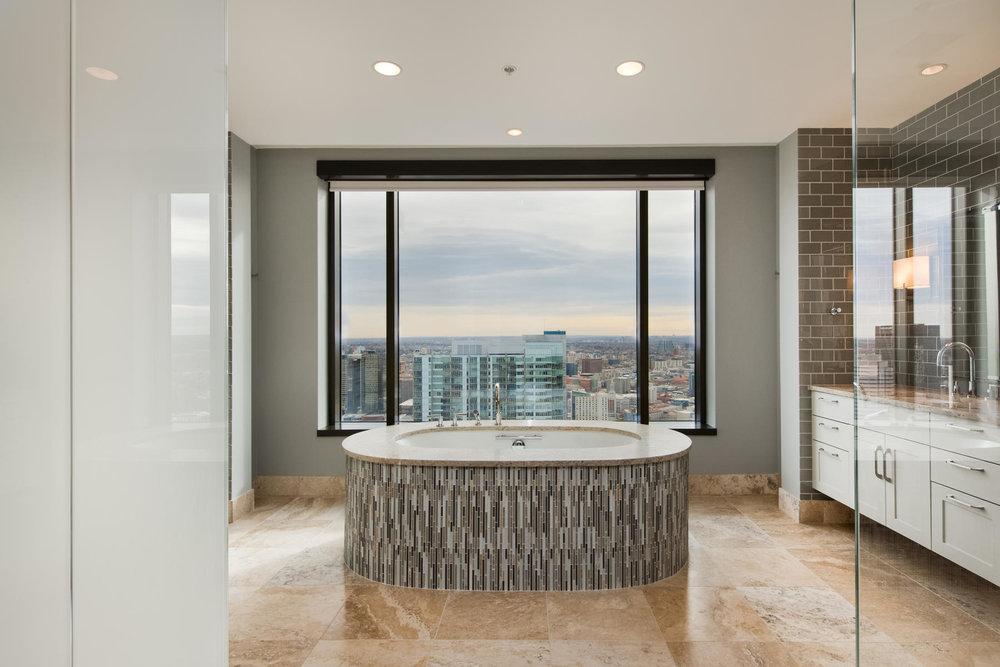 1133 14th Street 4150-MLS_Size-030-45-Master Bath-1800x1200-72dpi.jpg