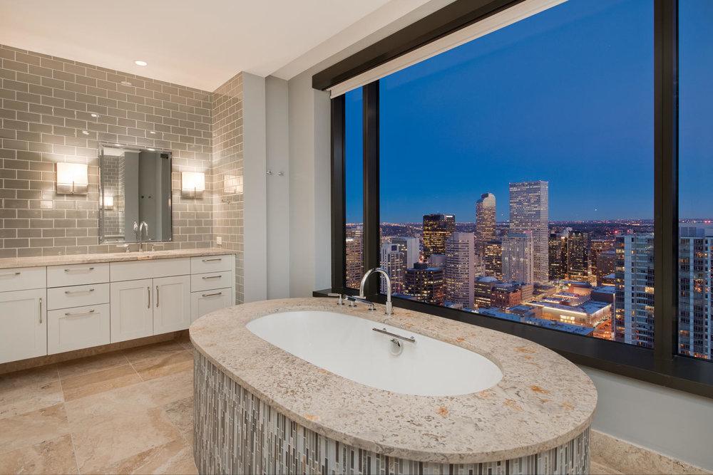 1133 14th Street 4150-MLS_Size-031-59-Master Bath-1800x1200-72dpi.jpg