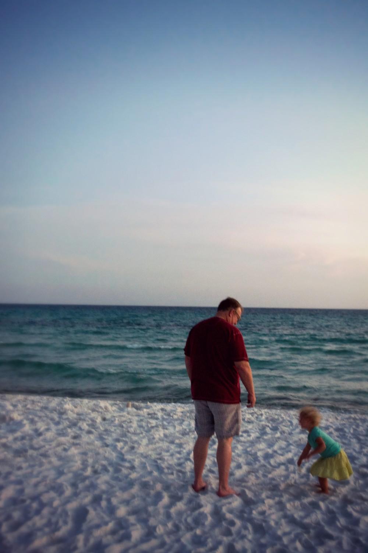 andy-hattie-beach-e1443821856118.jpg