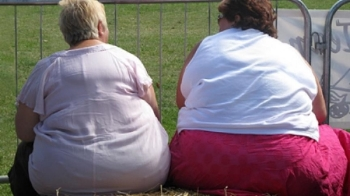 It is estimated that 40% of U.S. adult women are obese. Photo: PRI