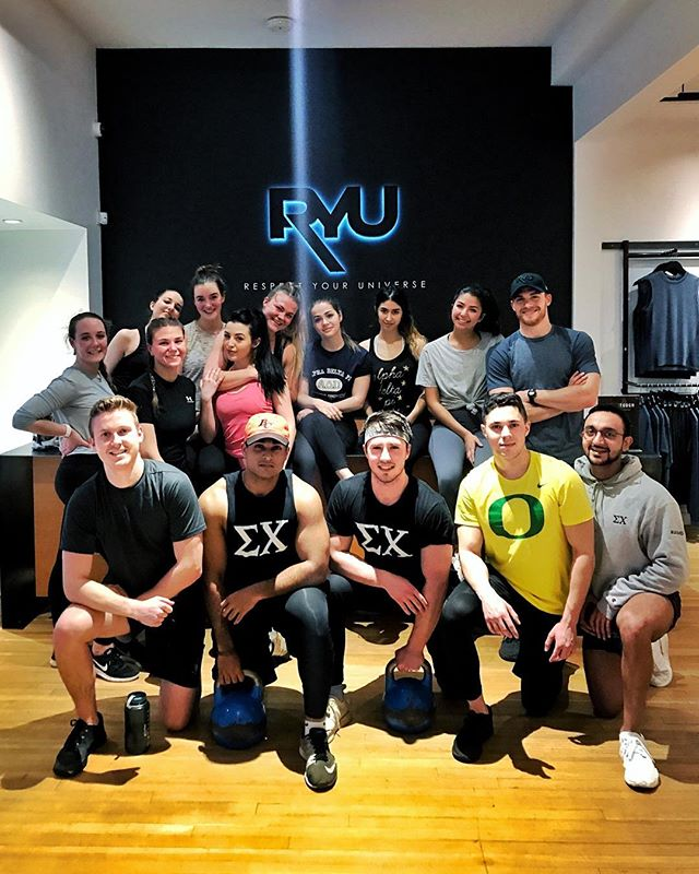 This exam season, remember to stay active and set aside some time for yourself 💪🏼 —————— Thank you to @cmahannah + @ryu_apparel for the amazing workout and our friends at @adpi_ubc for sharing this experience with us! // #SigmaChiSummer #workhardplayharder