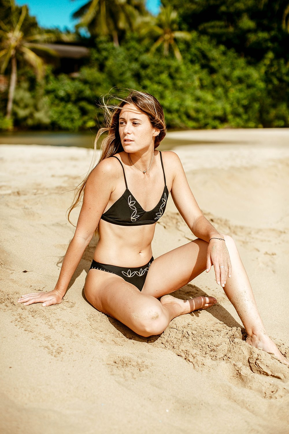 Travel & Lifestyle Fashion Photography with Bailey Nagy and Benoa Swim  by Kelee Bovelle in Oahu Hawaii_0018.jpg