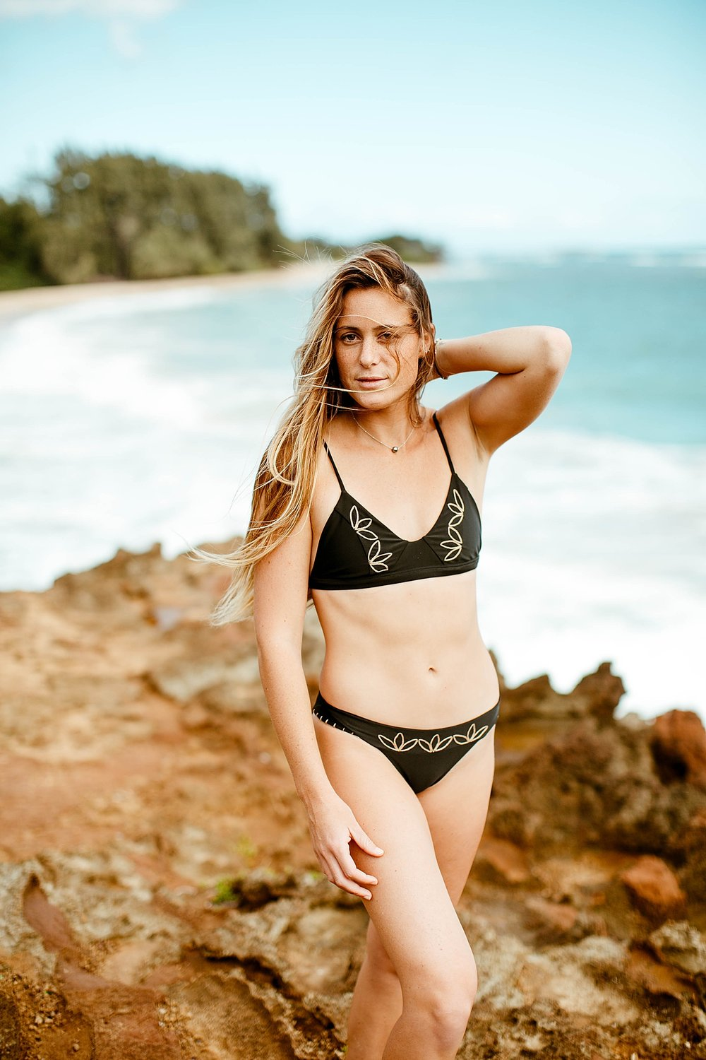 Travel & Lifestyle Fashion Photography with Bailey Nagy and Benoa Swim  by Kelee Bovelle in Oahu Hawaii_0020.jpg