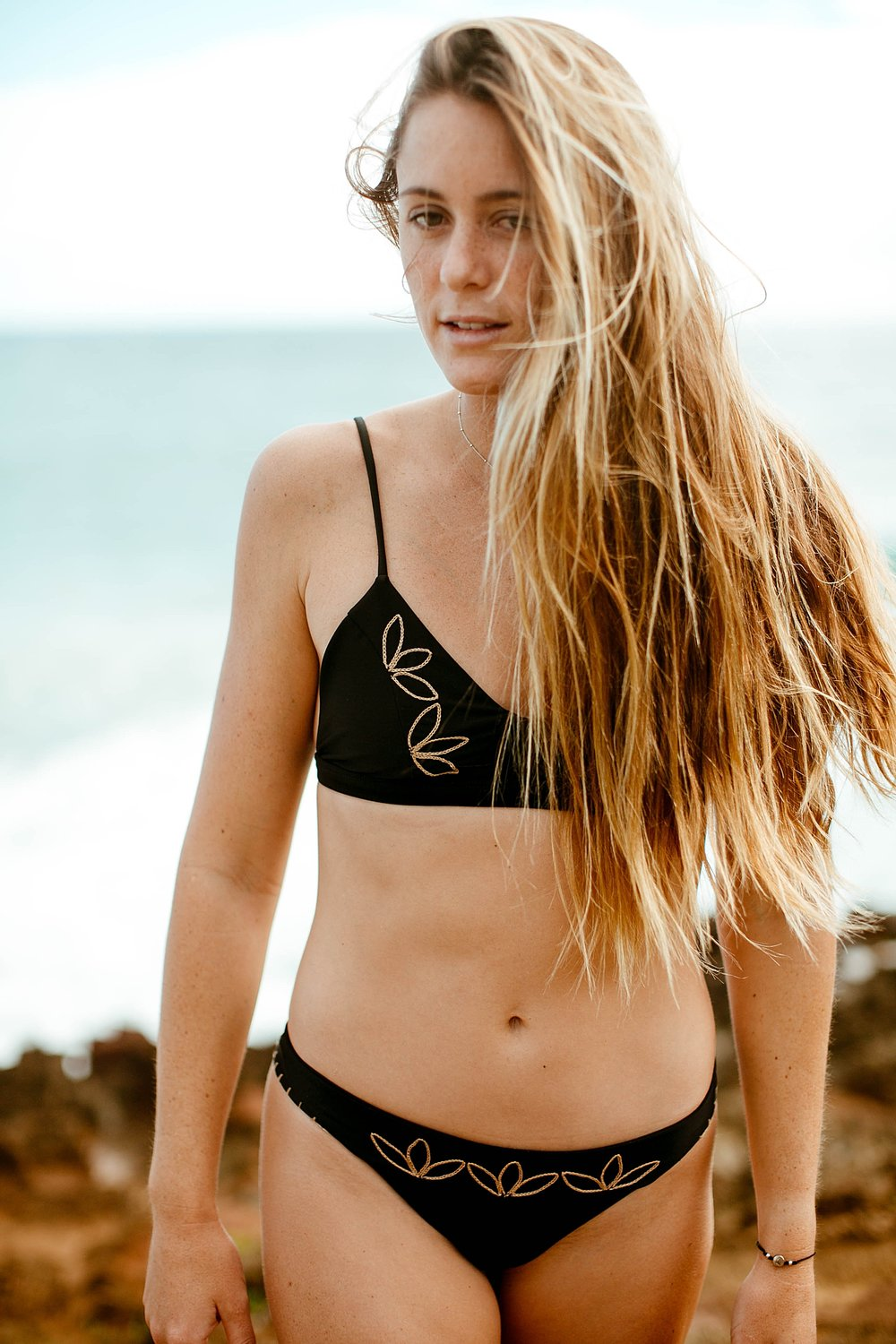Travel & Lifestyle Fashion Photography with Bailey Nagy and Benoa Swim  by Kelee Bovelle in Oahu Hawaii_0022.jpg