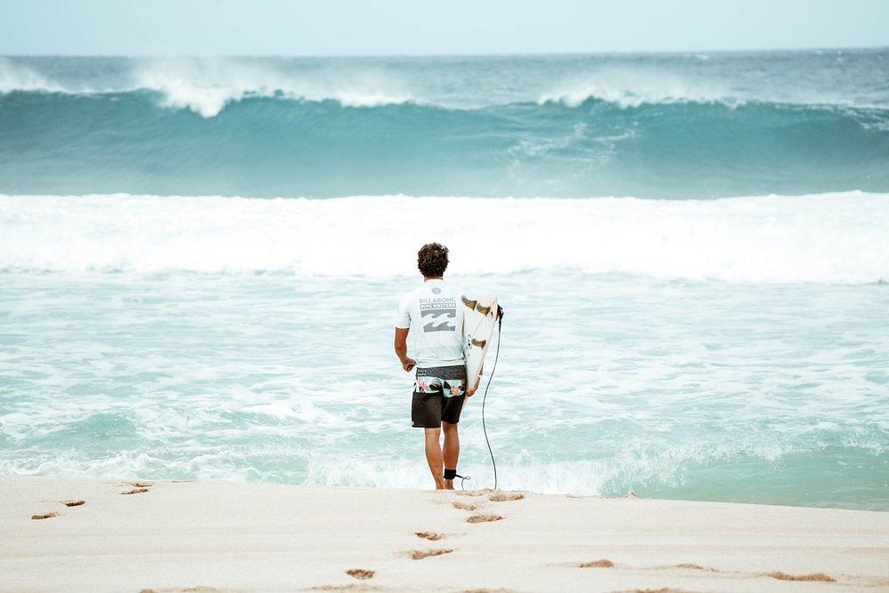 Travel Surf and Travel Lifestyle Photographer Kelee Bovelle @keleeb - Billabong Pipe Masters 2018 North Shore Oahu Hawaii_0004.jpg