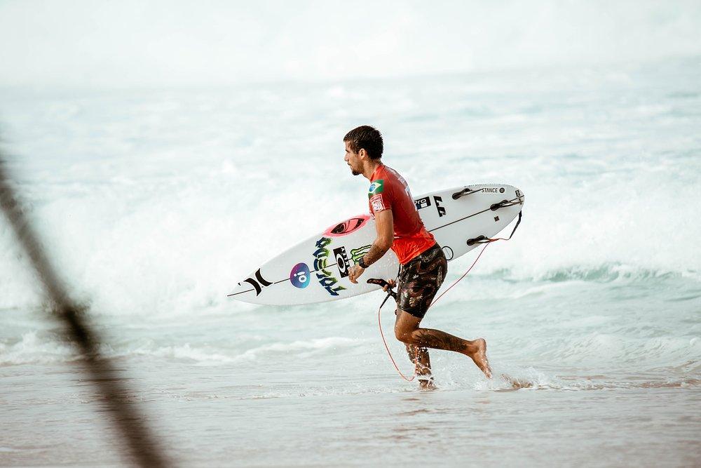 Travel Surf and Travel Lifestyle Photographer Kelee Bovelle @keleeb - Billabong Pipe Masters 2018 North Shore Oahu Hawaii_0005.jpg