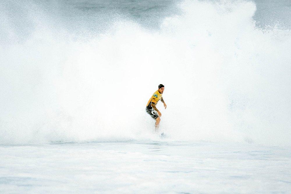 Travel Surf and Travel Lifestyle Photographer Kelee Bovelle @keleeb - Billabong Pipe Masters 2018 North Shore Oahu Hawaii_0006.jpg