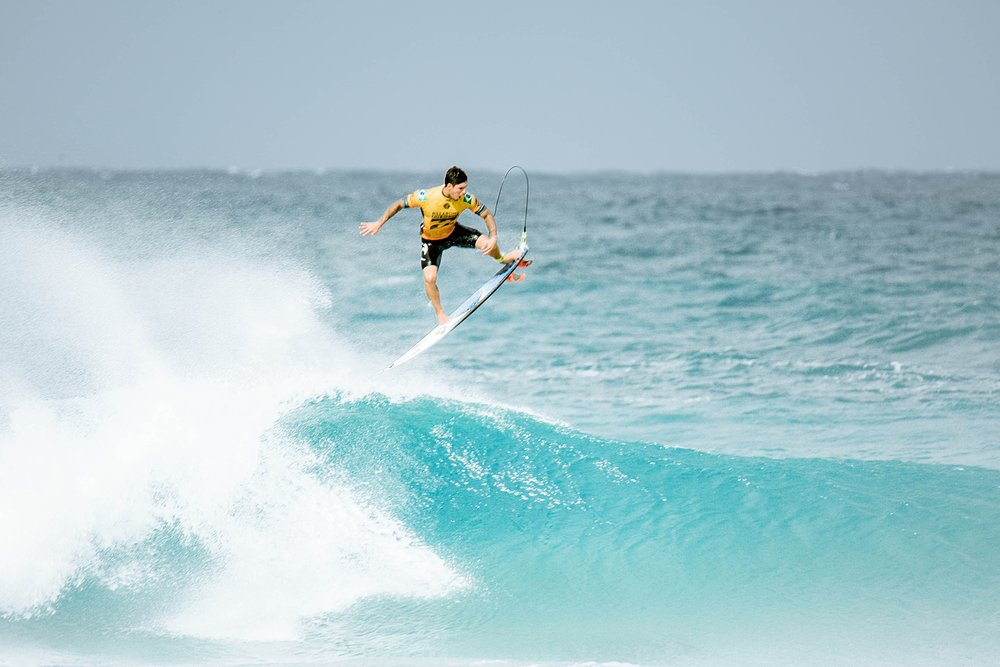 Travel Surf and Travel Lifestyle Photographer Kelee Bovelle @keleeb - Billabong Pipe Masters 2018 North Shore Oahu Hawaii_0007.jpg
