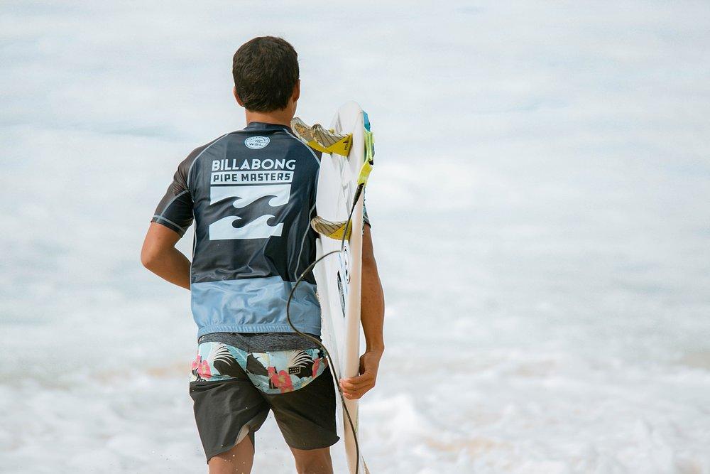 Travel Surf and Travel Lifestyle Photographer Kelee Bovelle @keleeb - Billabong Pipe Masters 2018 North Shore Oahu Hawaii_0012.jpg