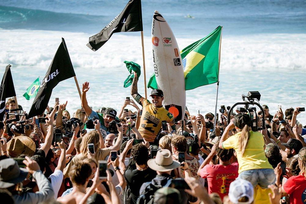 Travel Surf and Travel Lifestyle Photographer Kelee Bovelle @keleeb - Billabong Pipe Masters 2018 North Shore Oahu Hawaii_0026.jpg