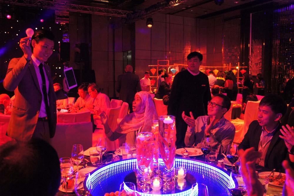 iPad Magician in Hong Kong Ritz Carlton
