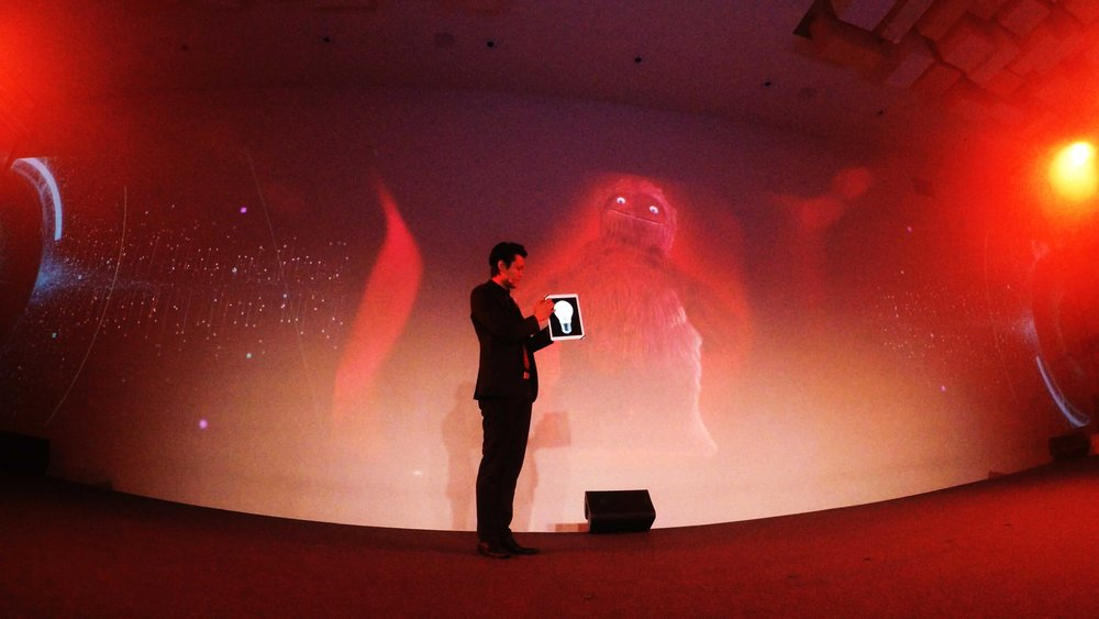 iPad Magician Innovation LED Wall Illusion
