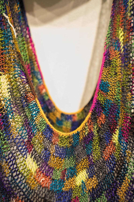 colour bilum neckline.jpg
