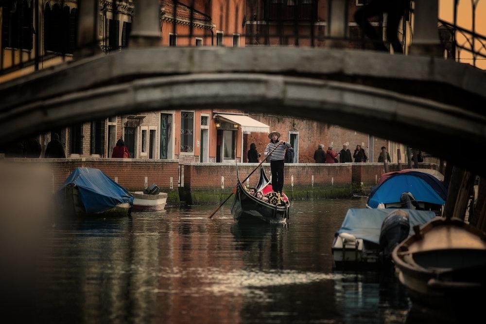 Gondola 3.jpg