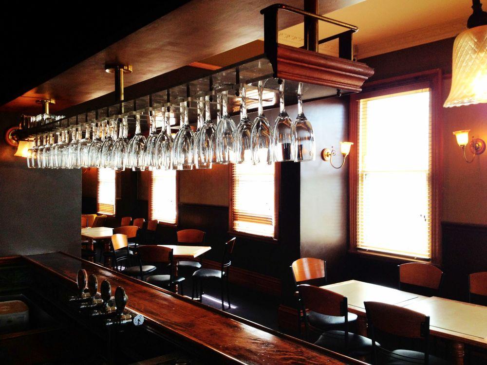 upstairs_bar.jpg
