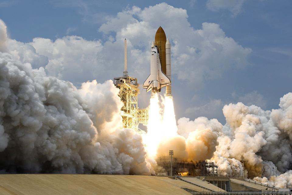 rocket-launch-67643_960_720.jpg