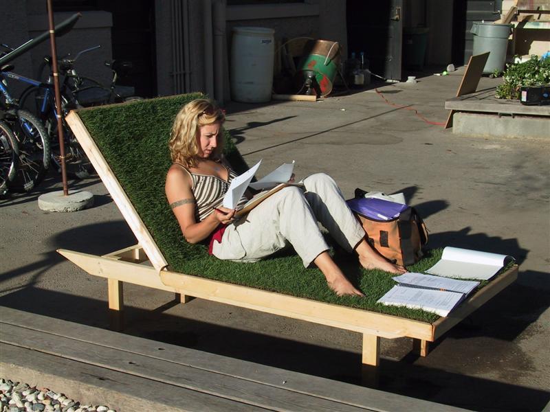 Chaise Lawn.JPG