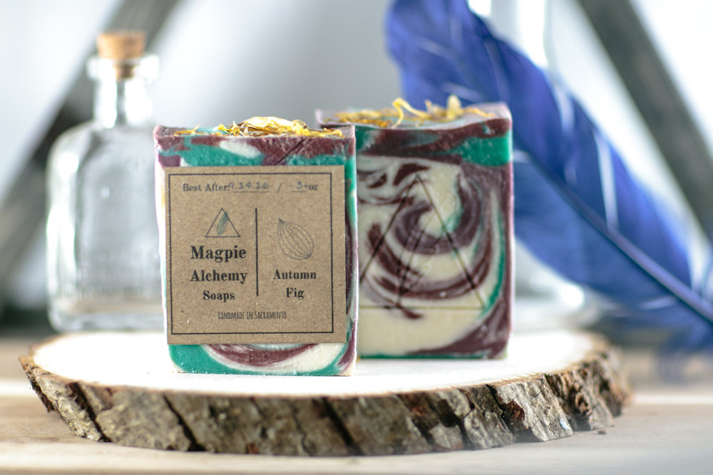 One of our seasonal scents. Just like the lavender fig, but more earthy.