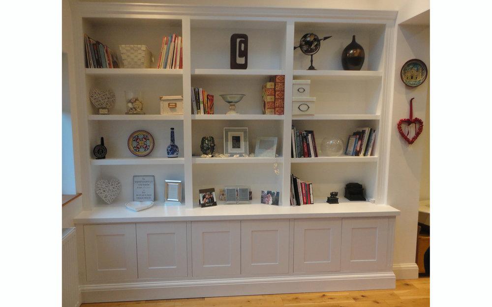 Lounge Display & Storage