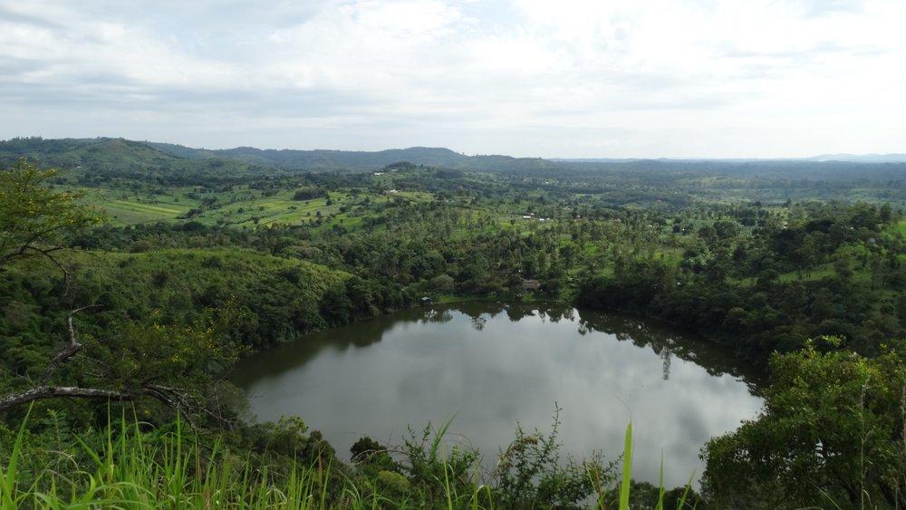 Lake Kasenda.jpg