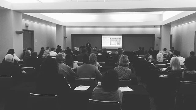 "Standing room only in @joepulizzi's workshop at #BizConCLE17 on ""How to Generate Direct Revenue from Your Marketing Program"" #contentmarketing #marketing"