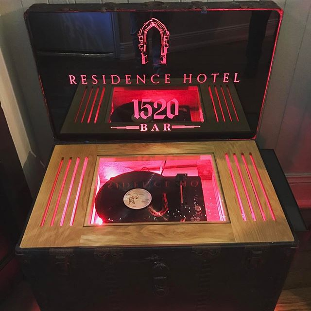 New sound system installed in @residencehotelgalway little bit of old school thrown in! Now to buy a load of vinyls!  #music #vinyl #weekend #hotel #boutique #bed #like #insta #photography #photooftheday #pic #speaker #logo #upcycle #songs #galway #ireland