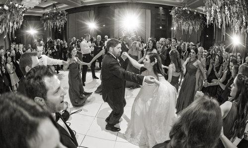 Modern Jewish Wedding At The Omni Nashville Fte Nashville Luxury