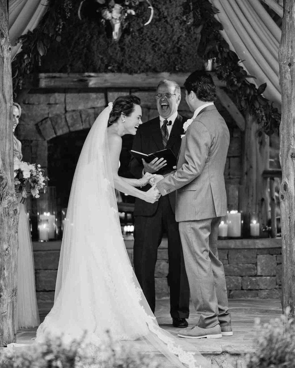 memree-rich-wedding-ceremony-422-6257086-0217_vert.jpg