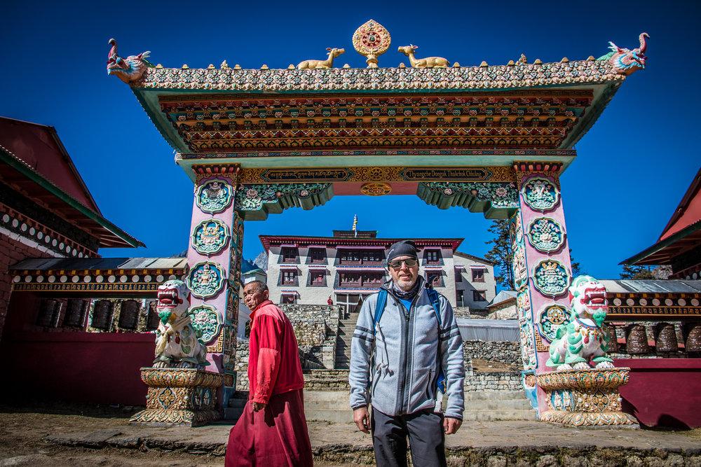 Ehdokas liittymässä Tengbochen luostarin munkkikuoroon!