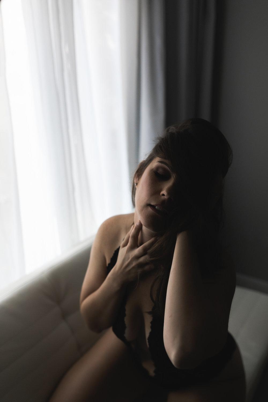 kate_juliet_photography_boudoir_k_web-137.jpg