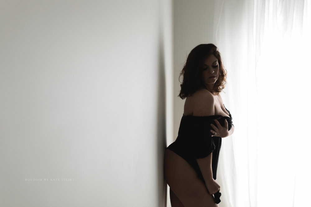 Northern VA Boudoir Photographer | Kate Juliet Photography
