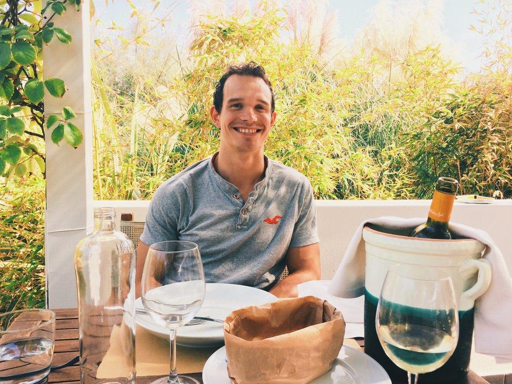One happy husband enjoying a delicious fish lunch @Ristorante di Pesce, Lido Bosco Verde