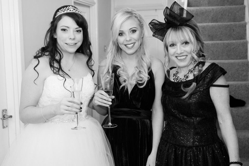Anna with her sister and mum